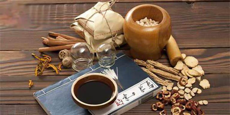 Thuốc Đông y chữa viêm thanh quản từ thảo dược nên an toàn, lành tính