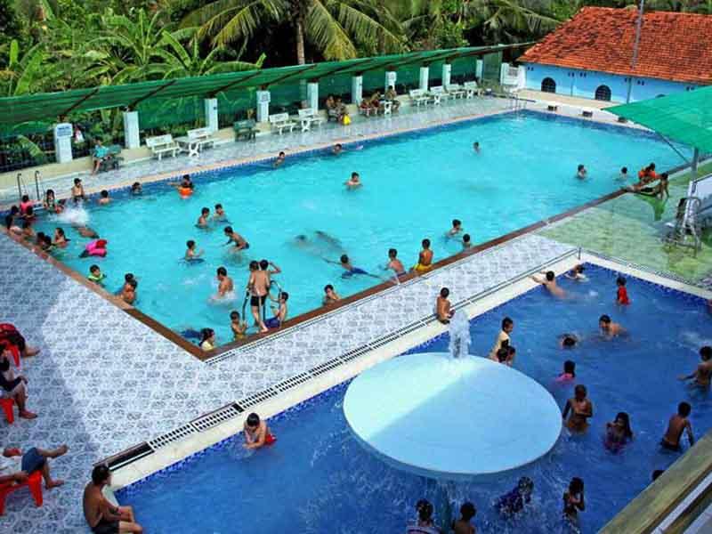 Hạn chế đi bơi tại ao hồ, bể bơi công cộng để ngăn ngừa nguy cơ mắc bệnh