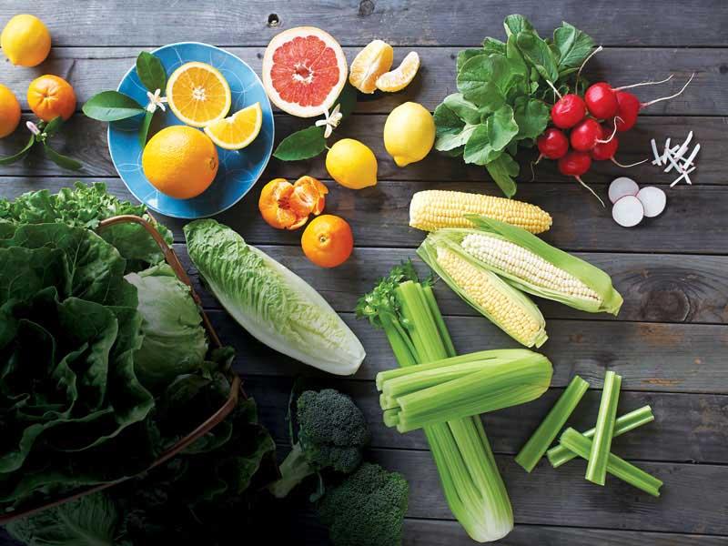 Người bị tổ đỉa tay chân nên bổ sung nhiều thực phẩm, rau xanh