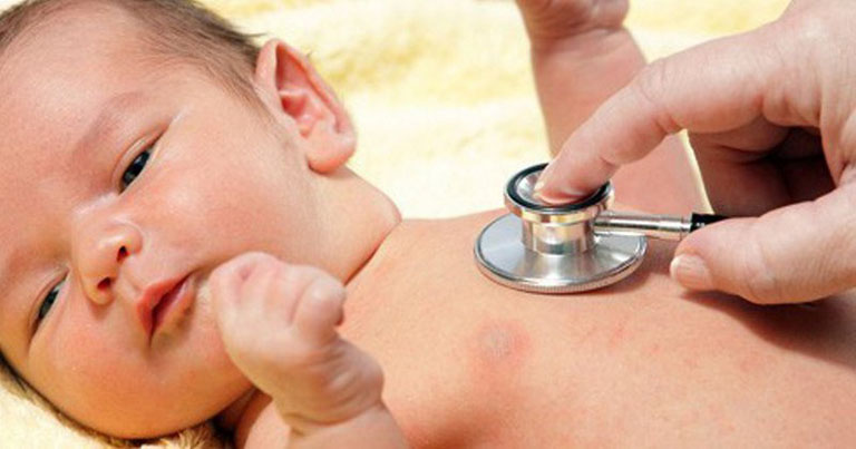 Cận thận trọng khi chữa viêm phế quản ở trẻ em