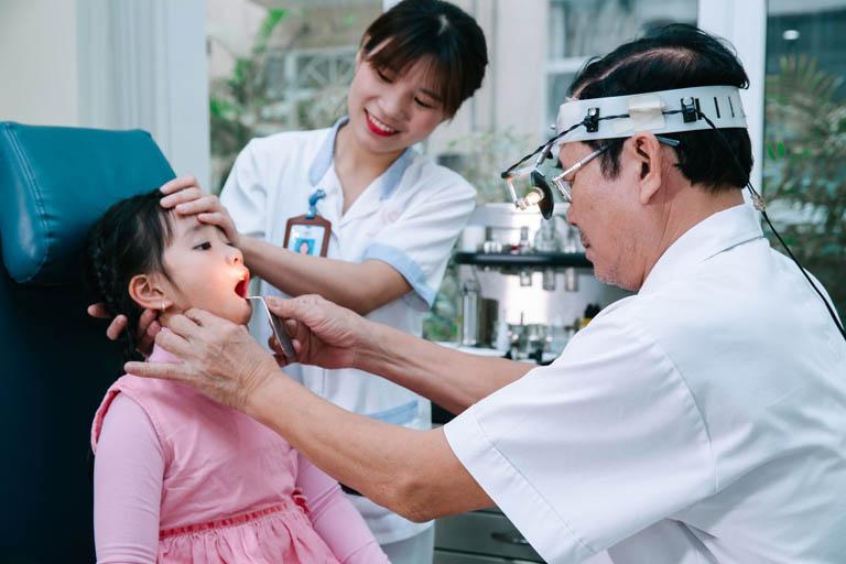 Cần sớm khám viêm thanh quản để chữa trị kịp thời
