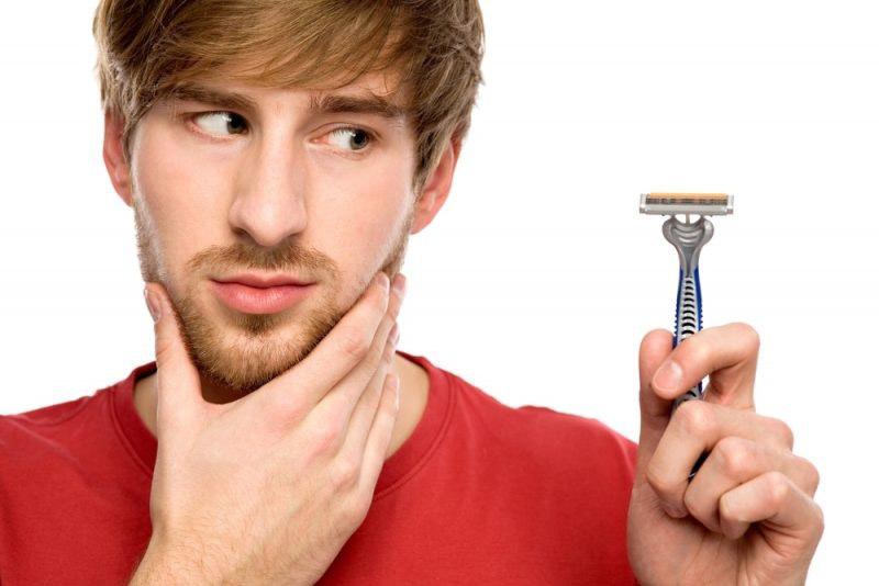 Cạo râu đúng cách để ngăn ngừa viêm nhiễm, tổn thương