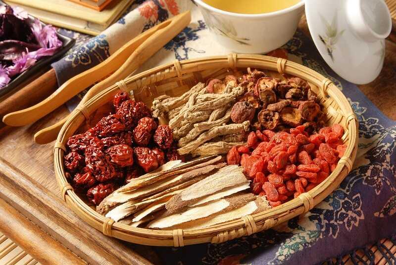 Áp dụng các bài thuốc Đông y chữa viêm đa khớp hiệu quả