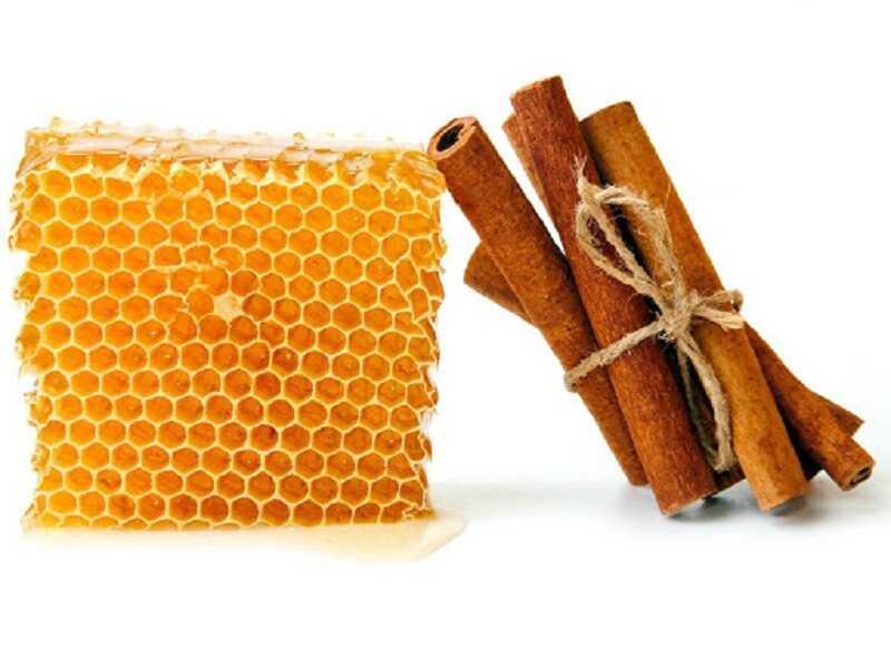 Bài thuốc từ mật ong và bột quế