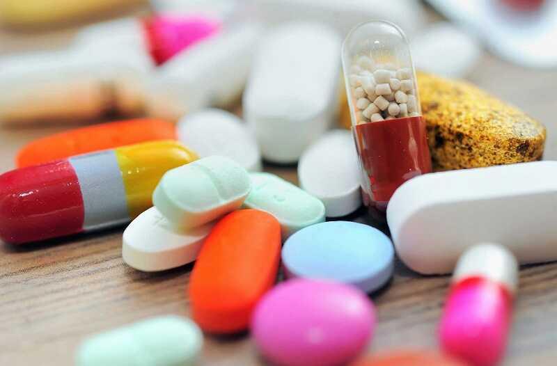 Người bệnh có thể uống thuốc chống viêm Steroid