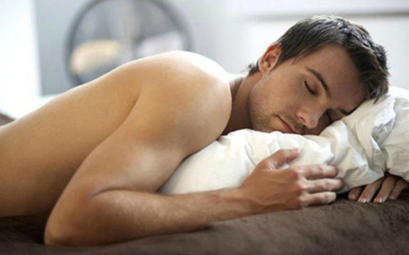 Mộng tinh là hiện tượng xuất tinh không kiểm soát ngay trong lúc ngủ