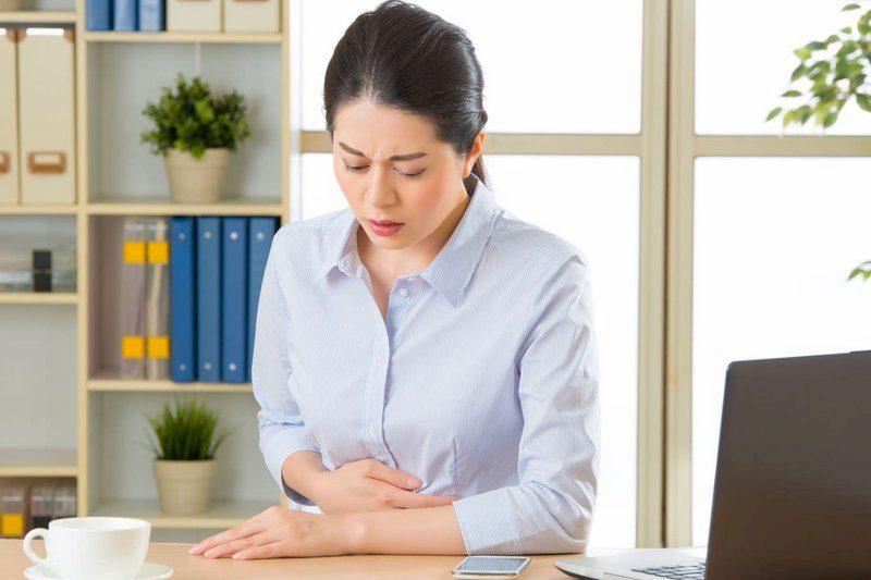 Các cơn đau vùng thượng vị do trào ngược gây nên ảnh hưởng nhiều đến sinh hoạt và sức khỏe của người bệnh