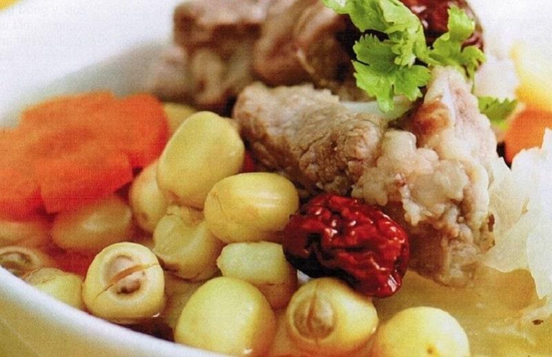 Thịt bò hầm hạt sen là món ăn được nhiều người yêu thích bởi giá trị dinh dưỡng cao