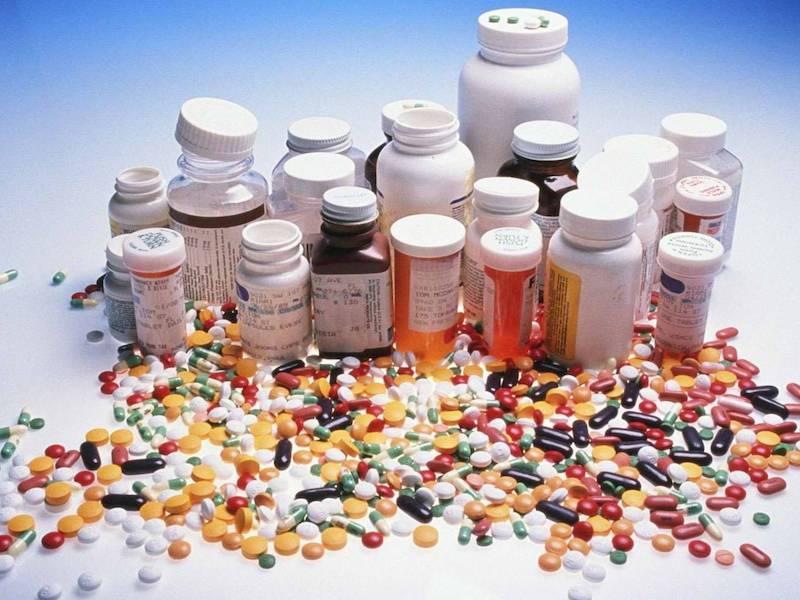 Thuốc Tây có thể gây hại cho sức khỏe do đó người bệnh cần chú ý khi sử dụng