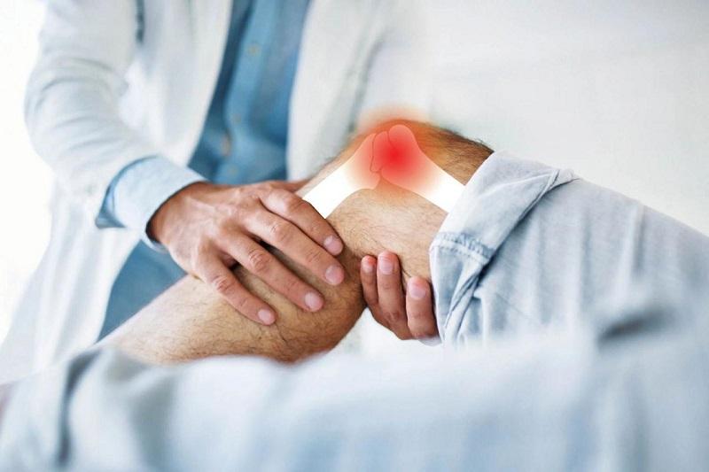 Viêm màng hoạt dịch khớp gối là tình trạng bao hoạt dịch tại khớp gối có dấu hiệu nhiễm trùng, các tổn thương dày lên và làm tăng tiết hoạt dịch