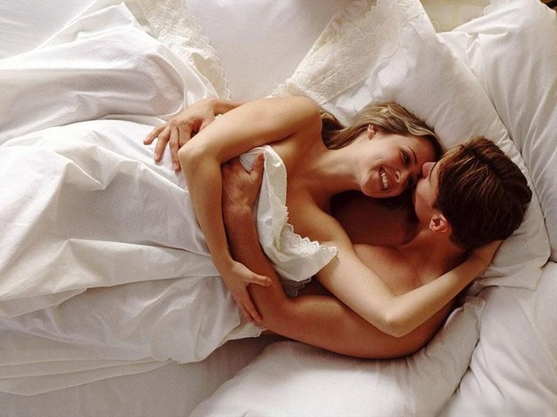 Quan hệ tình dục lành mạnh, dựa trên tinh thần tôn trọng đối phương sẽ giúp bạn có một lần đầu ý nghĩa, đáng nhớ