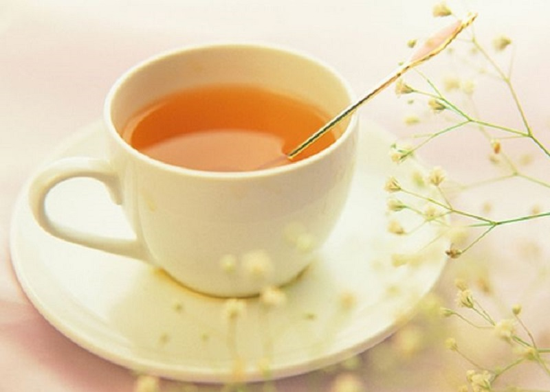 Mỗi sáng dùng một cốc nước mật ong ấm, tình trạng đau rát họng sẽ thuyên giảm