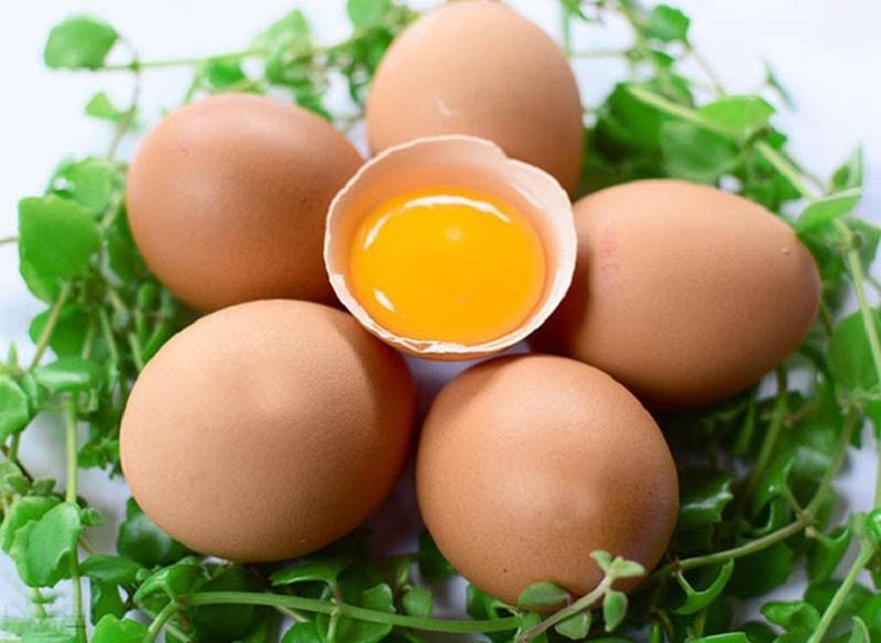 """Trứng gà là """"siêu thực phẩm"""" tốt cho sinh lý nam giới"""