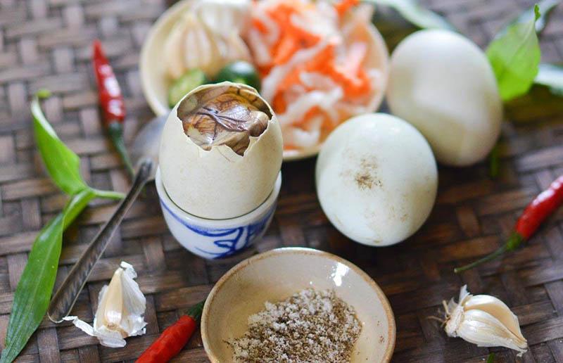 Chữa yếu sinh lý bằng trứng vịt lộn được nhiều người tin