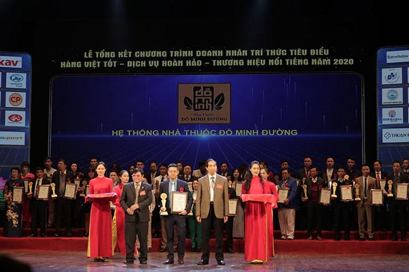 Đỗ Minh Đường nhận giải thưởng năm 2020