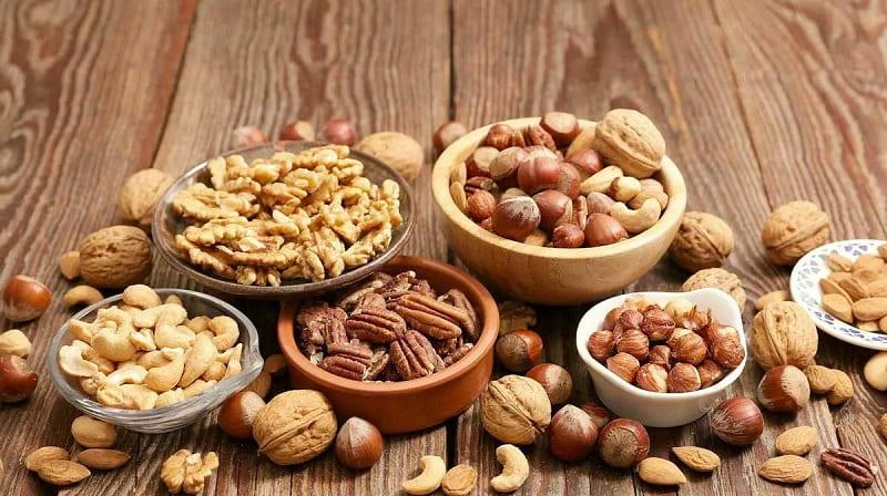 Các loại đậu và hạt khô rất tốt cho sinh lý nam giới