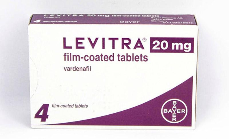 Trong khi dùng thuốc cường dương của Đức Levitra, nam giới không nên bẻ đôi, nghiền nát hoặc nhai thuốc
