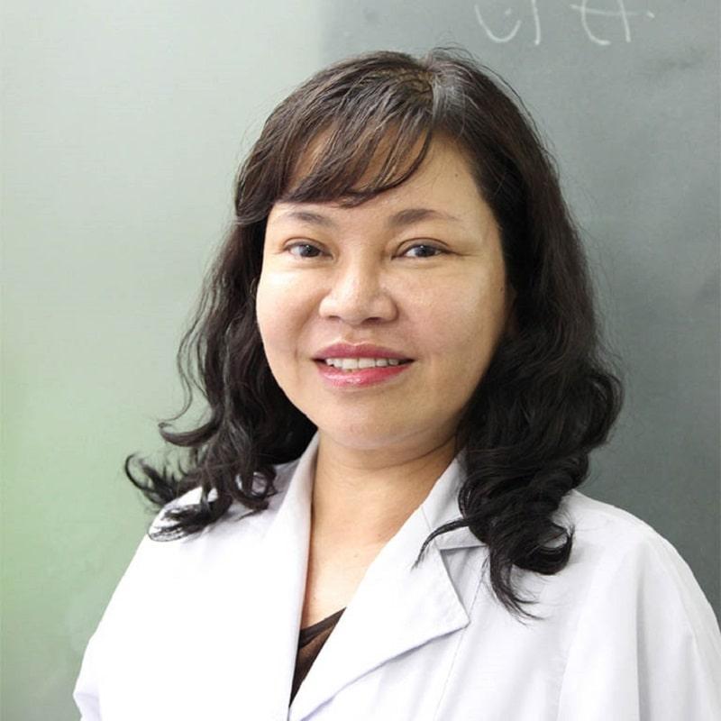 Bác sĩ Trần Ngọc Ánh với 30 năm thâm niên công tác điều trị bệnh da liễu