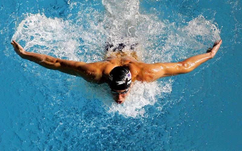 Bơi lội hàng ngày cũng là cách giúp nam giới cải thiện vóc dáng và nâng cao bản lĩnh trong mọi cuộc yêu
