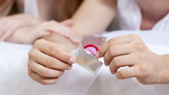 Bao cao su chống xuất tinh sớm rất tiện lợi và mang lại hiệu quả cao