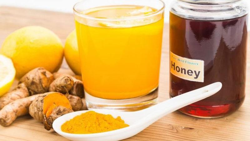 Mật ong, nghệ chứa nhiều chất tự nhiên giúp cải thiện viêm đau
