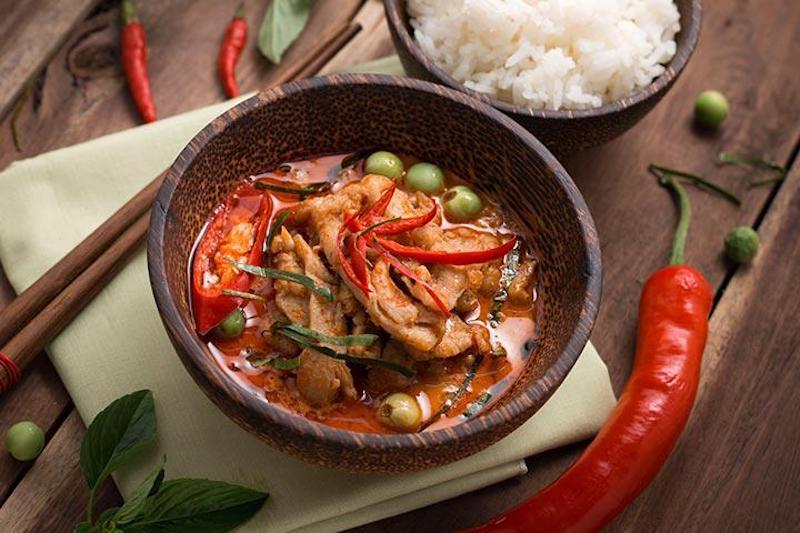 Bị phong ngứa không nên ăn gì? Hạn chế tiêu thụ những món ăn cay nóng trong quá trình điều trị bệnh