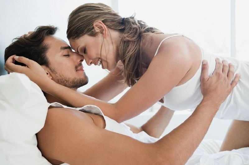 Các cặp đôi nên thay đổi tư thế yêu thường xuyên