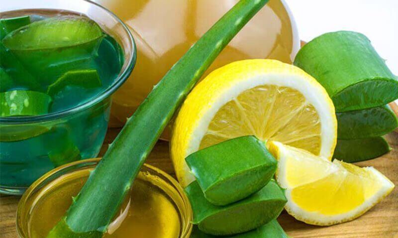 Chanh có tác dụng làm sáng da, thường được dùng trong các mẹo điều trị tàn nhang tại nhà