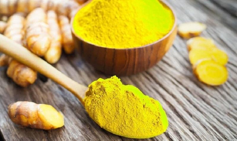 Trong nghệ vàng có chứa nhiều thành phần như:Tinh bột, dầu, curcumin,...