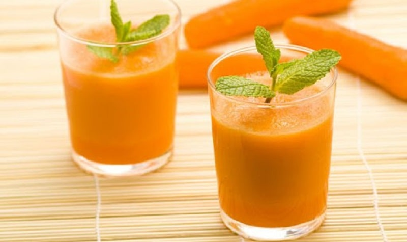 Đu đủ là loại quả chứa rất nhiều vitamin A, có tác dụng kháng viêm và chống oxy hóa tốt