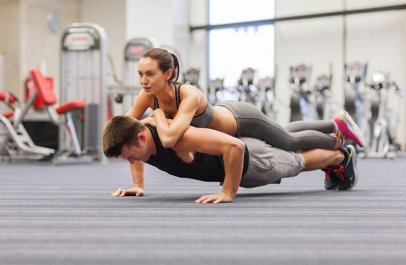 Tập luyện thể thao cùng chồng là cách tăng cường thể lực, cải thiện đời sống tình dục hữu hiệu