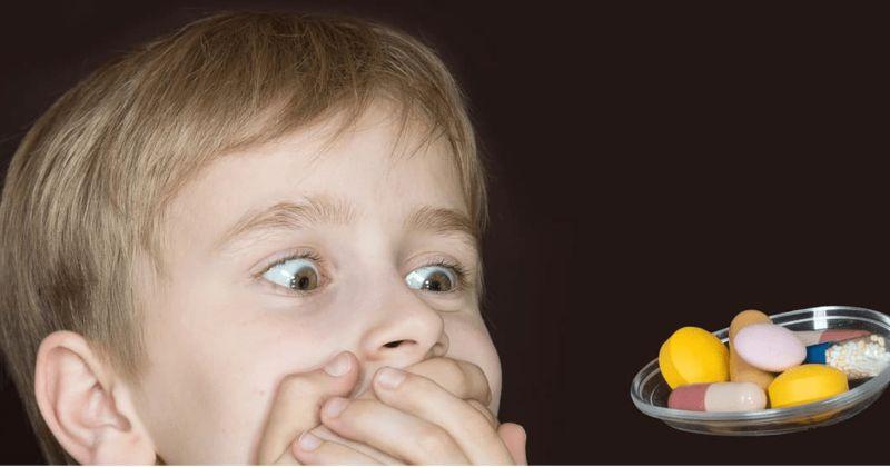 Hết sức thận trọng khi cho con trẻ sử dụng thuốc Tây y