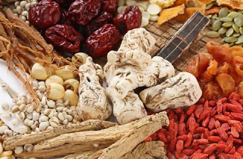 Một số bài thuốc Đông y hay sử dụng chữa nổi mề đay khắp người