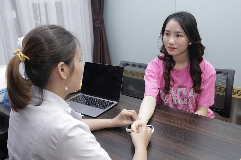 Chị Phượng điều trị rối loạn nội tiết tại Đỗ Minh Đường