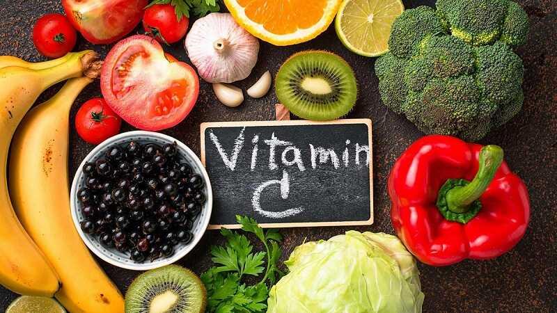 Vitamin C sẽ giúp làn da của bé nhanh được phục hồi sau khi bị mề đay