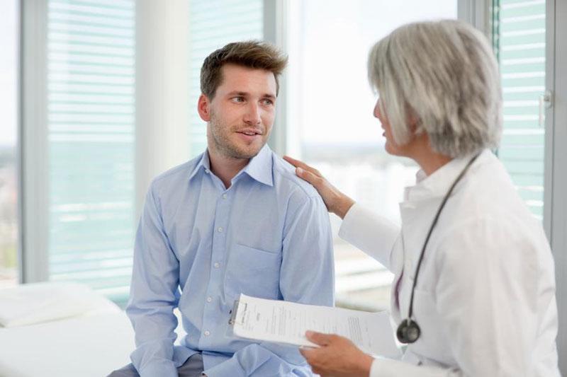 Nam giới nên lắng nghe tư vấn từ bác sĩ
