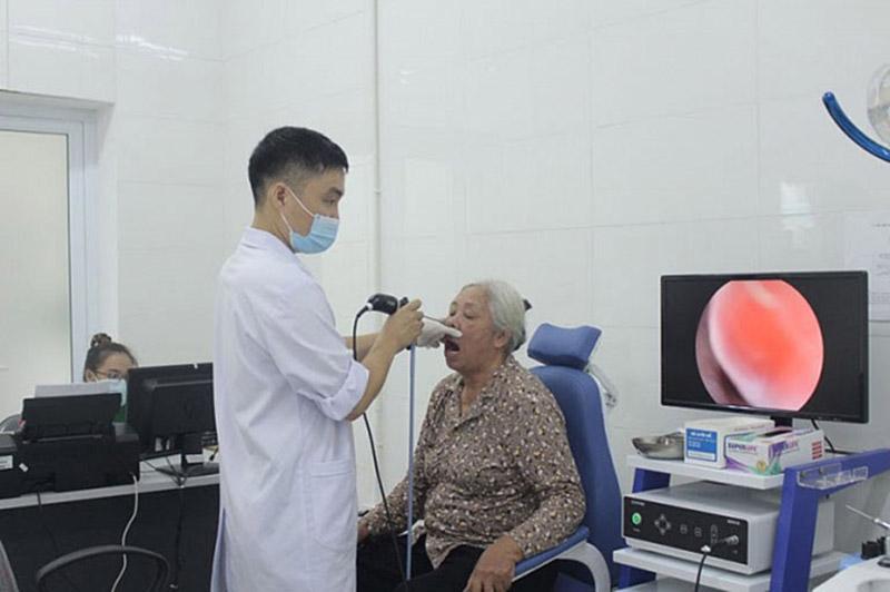Bệnh viện Tai Mũi họng Quân dân 102 kết hợp Tây y nâng cao hiệu quả điều trị