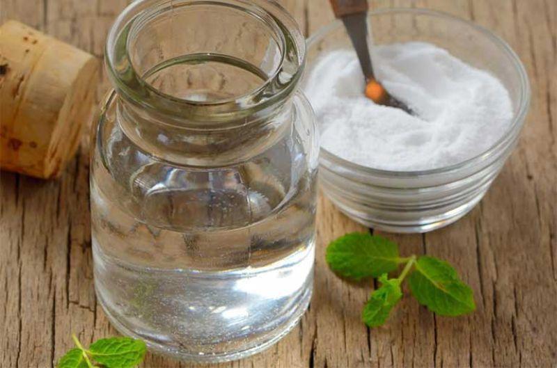 Muối được sử dụng trong các bài thuốc chữa mề đay, mẩn ngứa