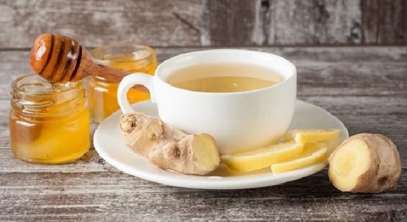 Nước cốt gừng trộn với mật ong rất tốt cho việc điều trị liệt dương