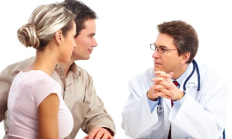 Để biết chồng bị liệt dương phải làm sao thì chị em nên cùng chồng đến cơ sở y tế chuyên khoa để thăm khám và tư vấn điều trị