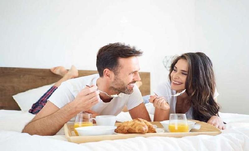 Luôn cùng chồng xây dựng thói quen sinh hoạt, ăn uống khoa học