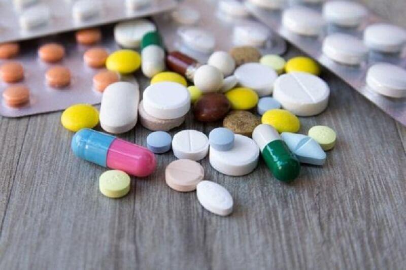 Thuốc Tây y mang lại hiệu quả nhanh nhưng cũng cần đề phòng các tác dụng phụ có thể gặp phải