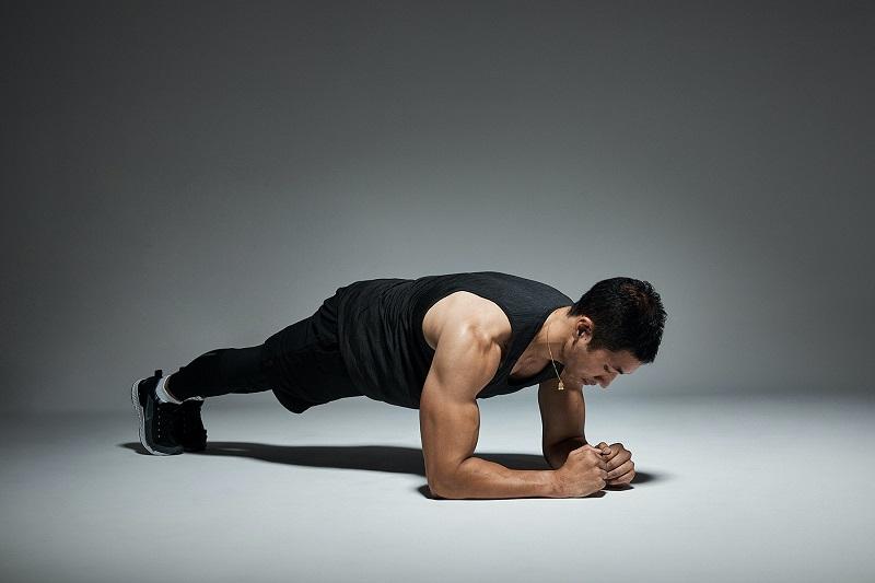 Plank là động tác tăng cường sức mạnh, cải thiện chức năng sinh lý ở nam giới