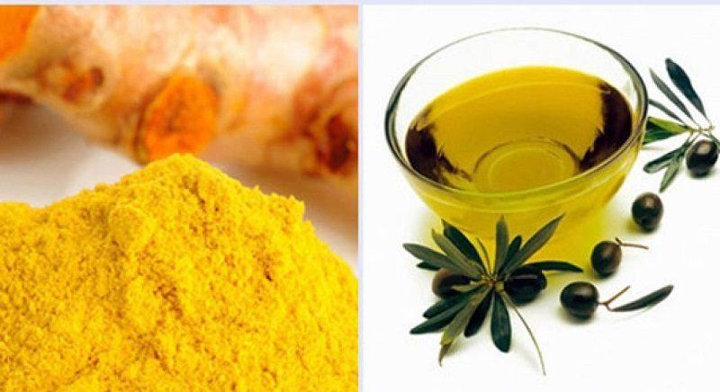 Bột nghệ và dầu oliu là phương pháp cải thiện tàn nhang hiệu quả
