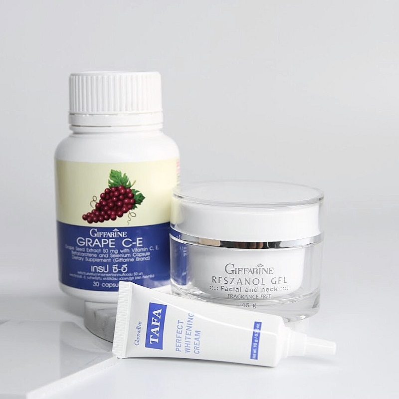 Kem bôi Giffarine Tafa Perfect Whitening Cream