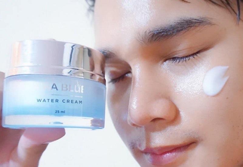 Kem trị tàn nhang Thái Lan Hira Blue Water Cream có thể ngăn ngừa quá trình lão hóa da