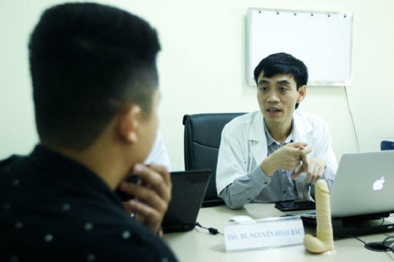 Tiến sĩ Nguyễn Hoài Bắc luôn được đông đảo bệnh nhân đánh giá cao