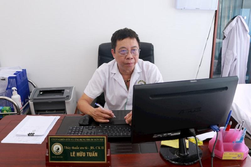 Chân dung bác sĩ chữa liệt dương Lê Hữu Tuấn