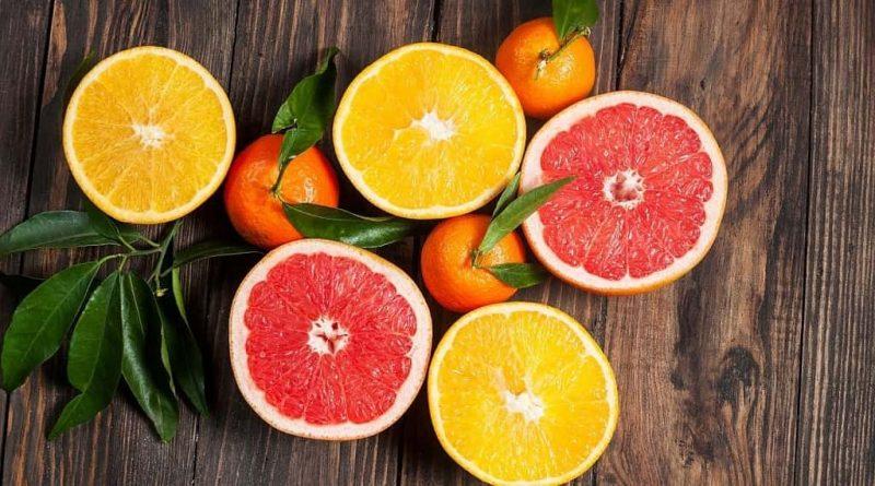 Vitamin C có nhiều trong các loại trái cây có múi