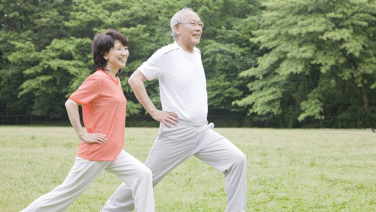 Tập dưỡng sinh, tập thể dục nhẹ nhàng rất tốt cho giấc ngủ